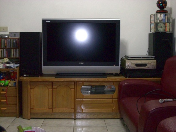 LCD_TV_05.jpg