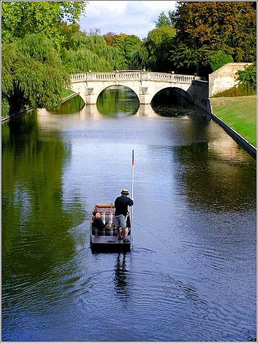 康河上最古老的三環洞橋.jpg