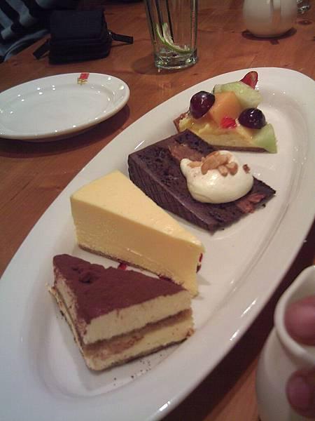 特選甜點拼盤