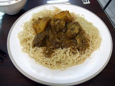 咖哩牛肉撈麵(辣)