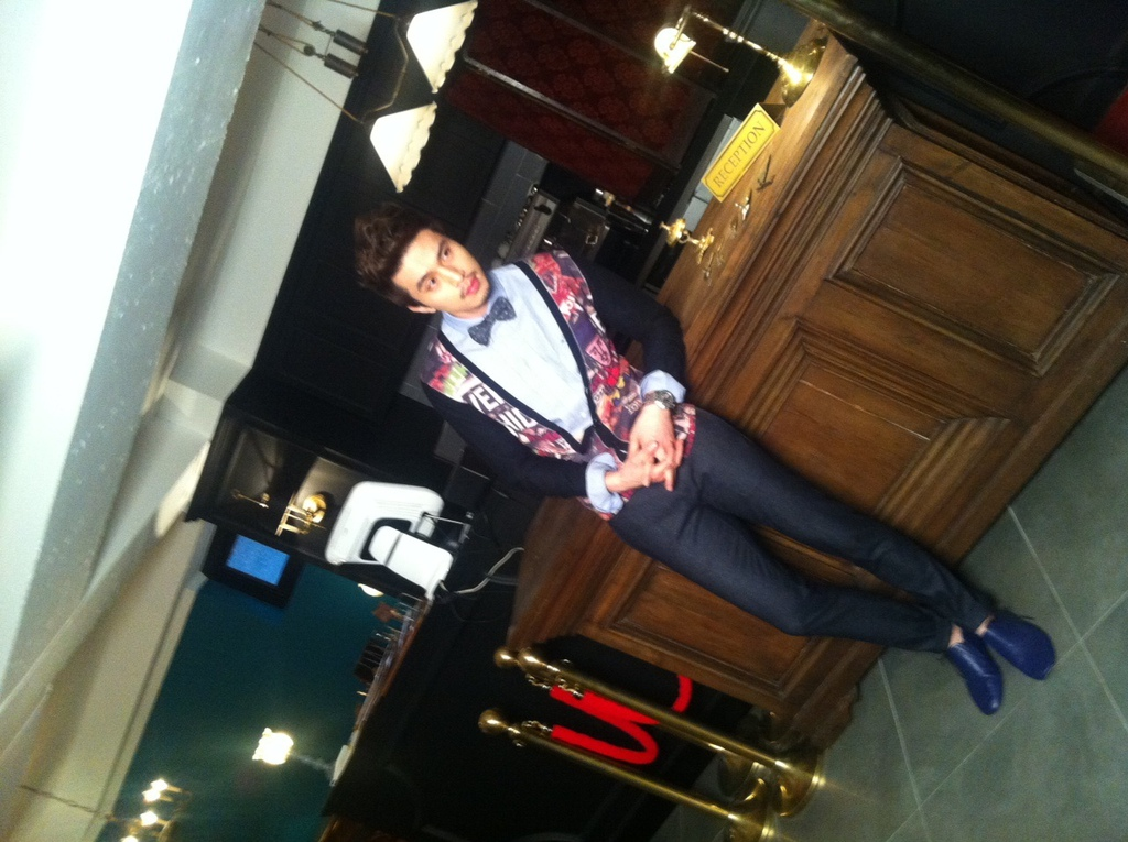 actor_wook_1325759943_83226.jpg