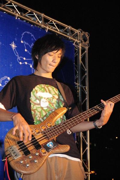 「Bass是永遠最低調的主角。」