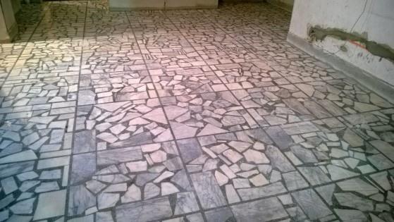 台灣白拼貼地板研磨後