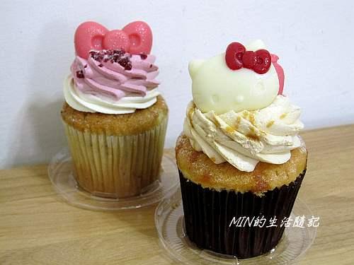 克勞蒂杯子蛋糕 (1)