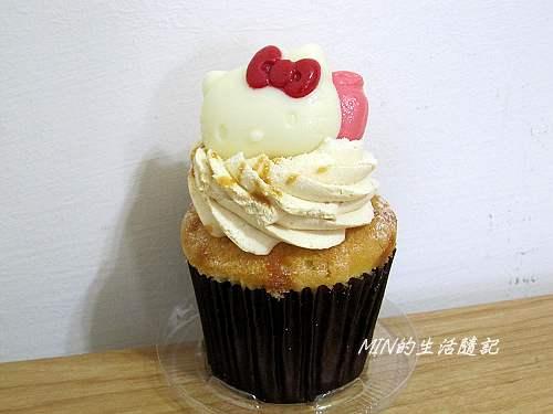 克勞蒂杯子蛋糕 (12)
