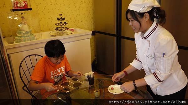 0907妮娜巧克力 (28).JPG