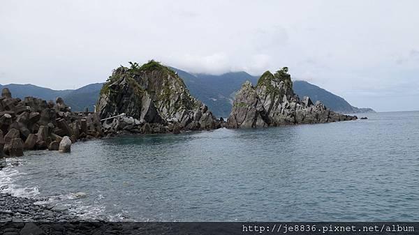 0817粉鳥林漁港 (10).JPG