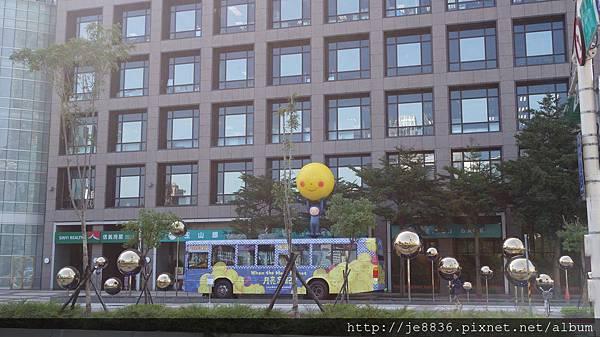 1105幾米公車 (1).JPG