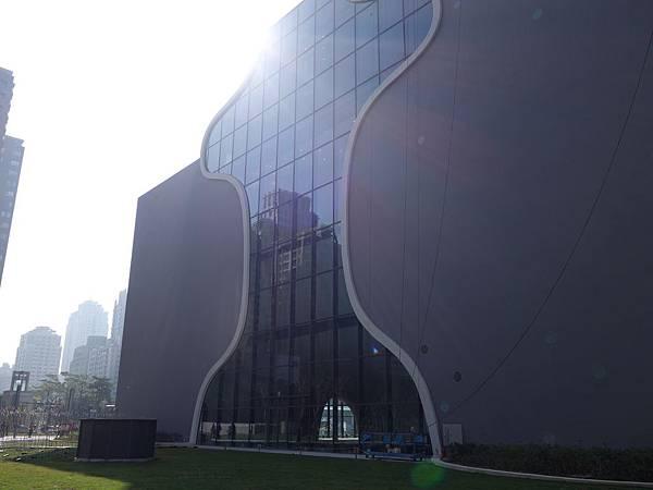 1207台中歌劇院 (24).JPG