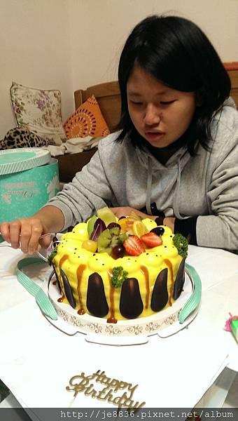 1212生日蛋糕 (4).jpg