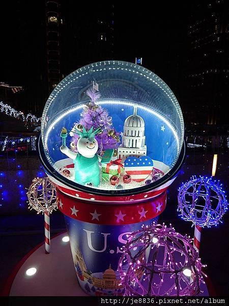 2015信義區聖誕樹 (63).jpg
