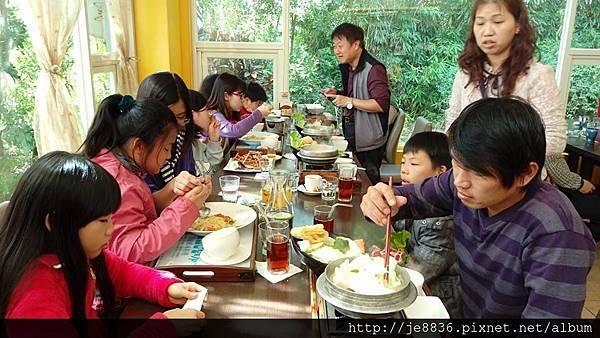 0212米多力餐廳聚餐11.jpg