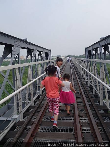 0430虎尾鐵橋 (11).JPG