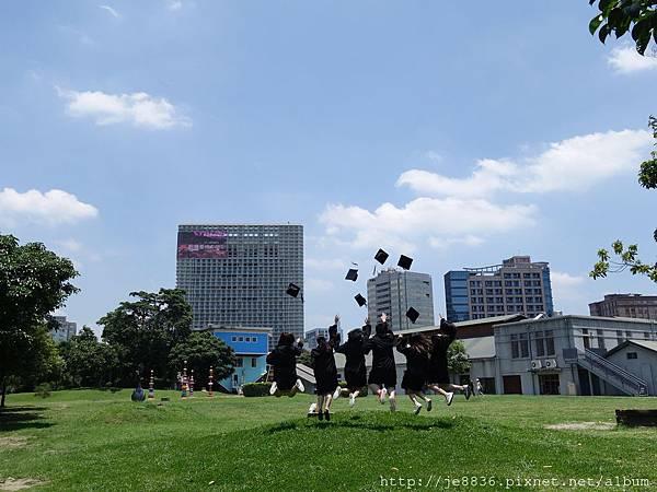 0604華山藝文園區 (15).JPG