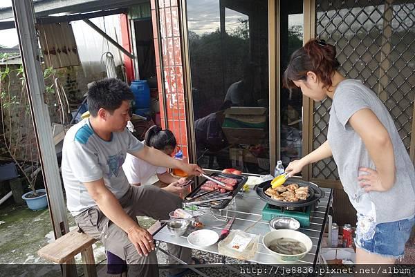 0915中秋烤肉 (11).JPG