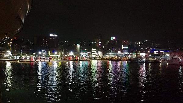 0524麗星郵倫~基隆港 (30).jpg