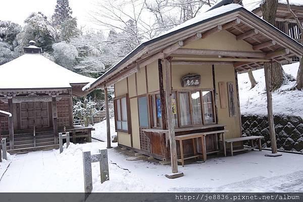 0123金色堂中尊寺90.jpg