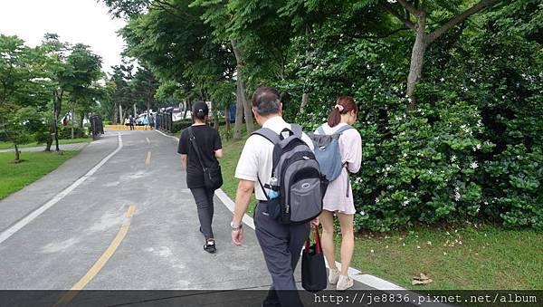 0513八里左岸漫步  (14).jpg