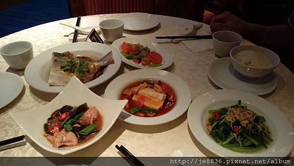 0525麗星王朝餐廳晚餐  (9).jpg