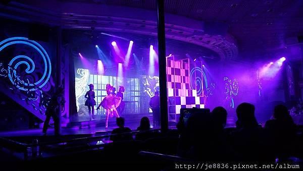 0525星辰酒廊表演節目 (1).jpg
