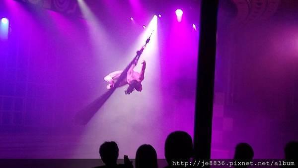 0525星辰酒廊表演節目 (8).jpg