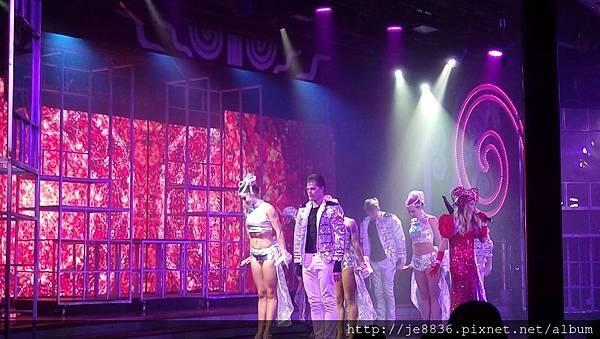 0525星辰酒廊表演節目 (11).jpg