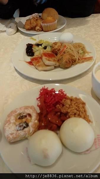 0526麗星王朝餐廳早餐.jpg