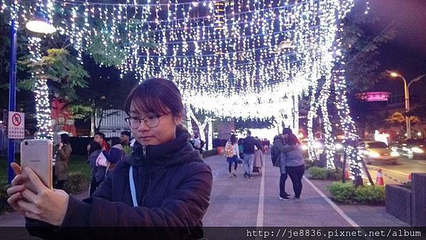 1211新北耶誕城 (15).jpg