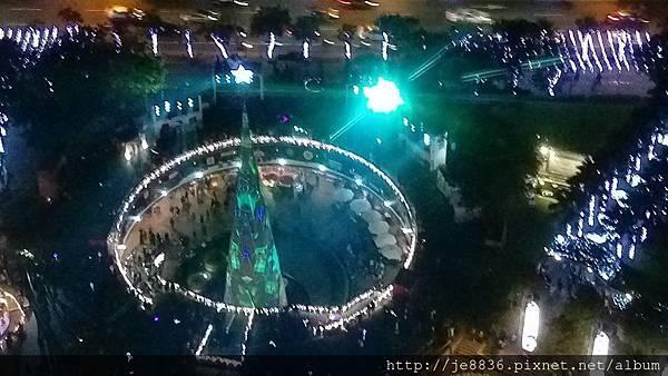 1211新北耶誕城 (43).jpg