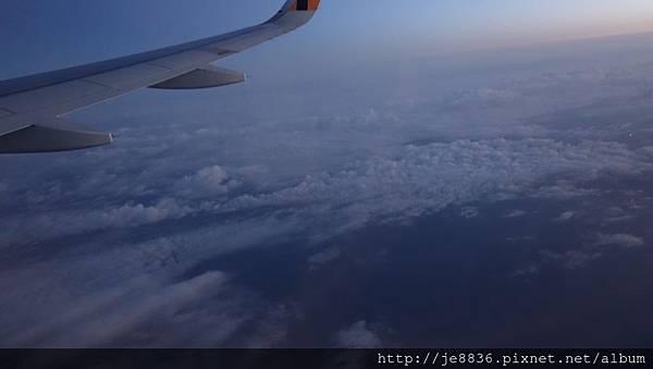 0324虎航班機上1.jpg