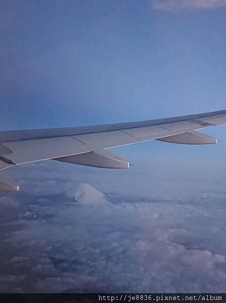 0324虎航班機上10.jpg