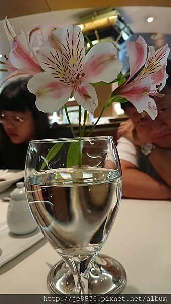 0720船上晚餐4.jpg