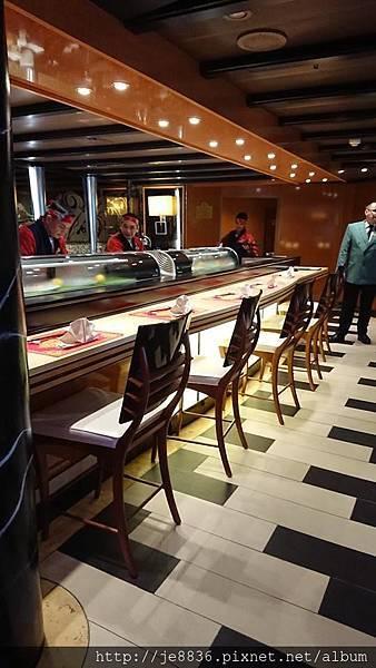 0720船上晚餐1.jpg