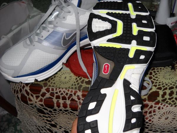 鞋底.jpg