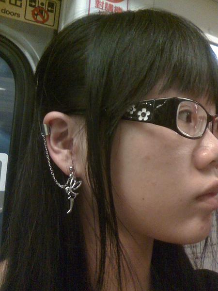 俏皮的小精靈耳環1
