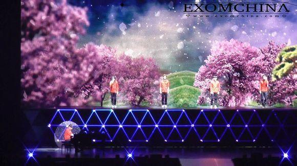 EXO-2.jpg