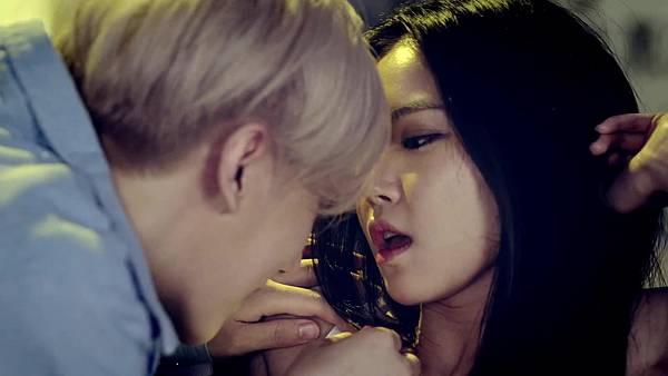 Jang Hyunseung (장현승) - 니가 처음이야 (Feat 12.jpg