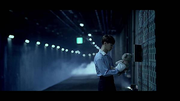 BEAST(비스트) - %5C리본(Ribbon)%5C Official Music Video - YouTube (1080p) 067.jpg