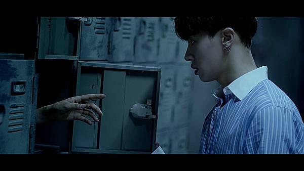 BEAST(비스트) - %5C리본(Ribbon)%5C Official Music Video - YouTube (1080p) 191.jpg