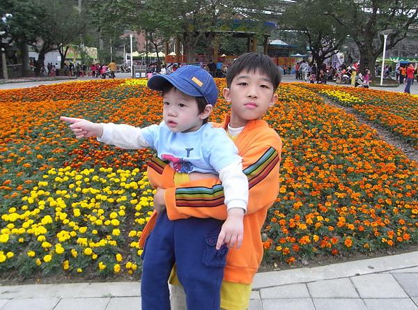 <台北兒童樂園2010/12/04>