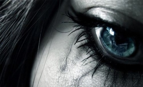 cry,make,up,tears,blue,eye,crying,sad-520b68513d0083928a894364d43a5dee_h.jpg
