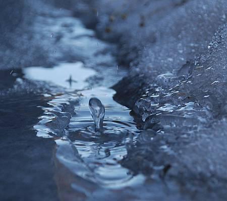 water-drop-icesm-703391.jpg