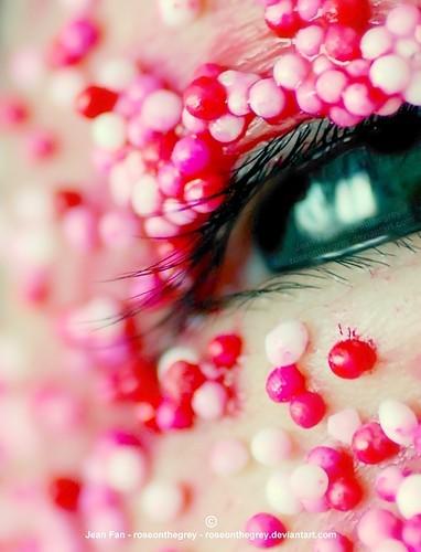 blue,eye,eye,lashes,green,pink,red-c2e3b1b65981bd295559cf3cff99a878_h.jpg