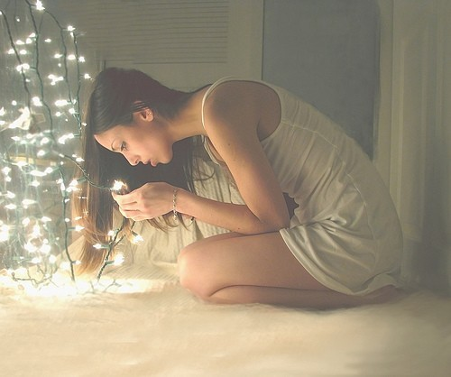 beauty,christmas,photography,wow,light,woman-929e0bd230e0229b1620db2a03c481b1_h.jpg