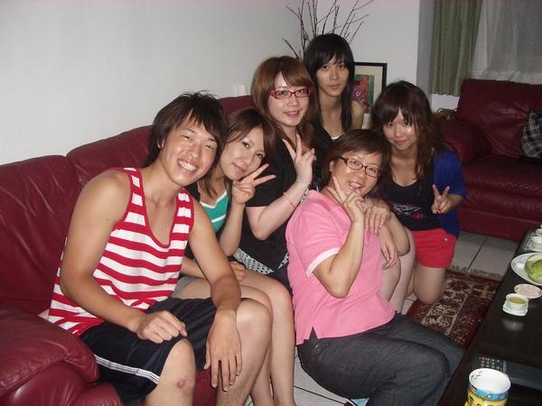 咪咪的日本和台灣同學