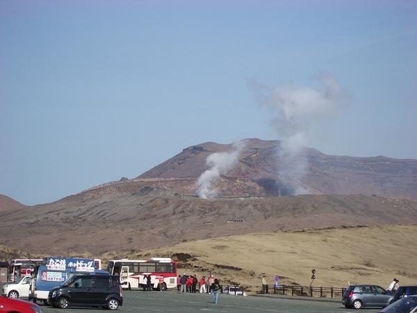 遠眺阿蘇火山