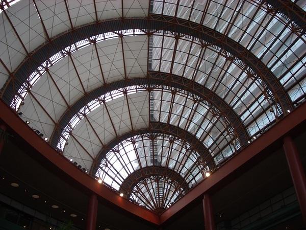 飯店內特殊的造型天花板