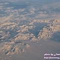 被風雪掩蓋的群山