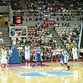 03-白衣依朗15號球員是NBA的咖.JPG