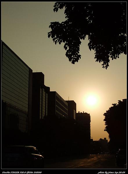 夕陽與城市3